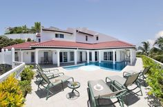 House vacation rental in Oyster Pond, St Martin from VRBO.com! Bed sizes?