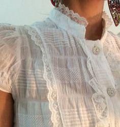Blusa Branca Romântica renda / algodão