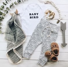 Baby bird tshirt onesie, baby boy, baby girl, baby clothes, infant, newborn, toddler, trendy, modern, black and white monochrome, kid baby outfit ideas, baby blanket, baby sandals leather moccasins Mary Janes, black and white dash line leggings for baby, silicone and wood teether chew toy for teething baby, macrame pacifier clip, wood wall art for nursery, baby flatlay, by figs and foxes, organic baby clothes, fall spring, summer kids fashion