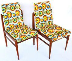 Cadeiras em jacarandá com padronagem digital STAMPA