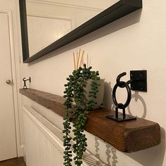 Black Floating Shelves, Floating Shelf Brackets, Hanging Shelves, Rustic Shelves, Wood Shelves, Kitchen Shelves, Kitchen Cabinets, Rustic Industrial, Rustic Wood