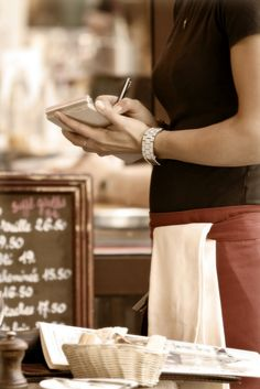 6 Tips for Controlling Labour Cost in the Restaurant Industry