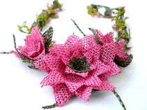 Authentique collier de fleurs en dentelle OYA nedd