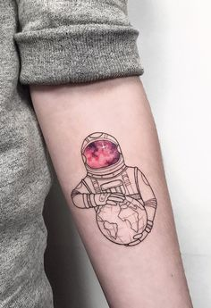 Check out this Astronaut Geometric Tattoo Designs. Get more unique tattoo ideas for men and women. See more ideas about Geometric Tattoo. Tattoos Masculinas, Trendy Tattoos, Life Tattoos, Unique Tattoos, Body Art Tattoos, Tattoos For Guys, Cool Tattoos, Simple Mens Tattoos, Fashion Tattoos