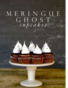 Jenny Steffens Hobick: Halloween Cupcakes | Ghost Meringue Cupcakes
