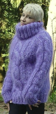 Mohair Sweater, Sweater Outfits, Pullover, Turtle Neck, Wool, Lady, Sweaters, Beautiful, Girls