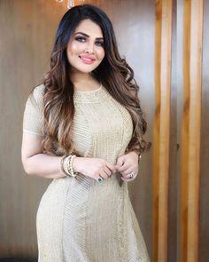 Beautiful Blonde Girl, Beautiful Girl Indian, Beautiful Indian Actress, Beautiful Women Over 40, Beautiful Muslim Women, Beauty Full Girl, Cute Beauty, Indian Photoshoot, Indian Girls Images