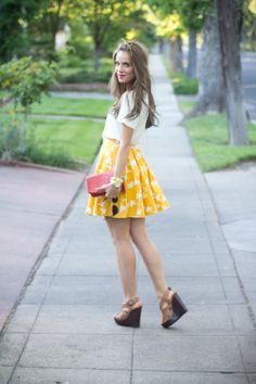 bright skirt + wedges (galmeetsglam)
