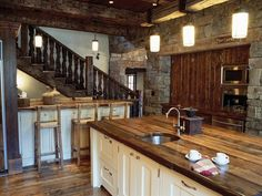 Summit Lodge | Custom Montana & Wyoming Homes | On Site Management | OSM
