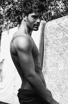 *Nick Bateman #hot