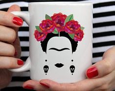 Frida Kahlo Mug Frida and Diego Mexican Art Coffee & Tea Decorated Flower Pots, Painted Flower Pots, Painted Pots, Frida And Diego, Pottery Painting Designs, Mexican Art, Cute Mugs, Diy Arts And Crafts, Ceramic Painting