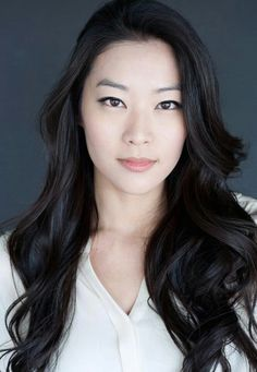 I love her hair and gorgeous skin! Asian girls are so flawlessly beautiful!