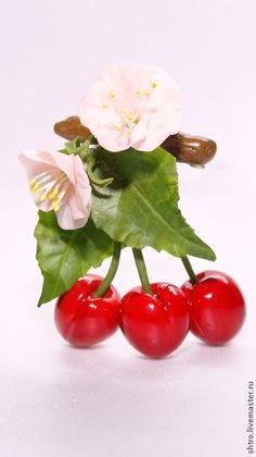 Купить Брошь Спелая черешня - ярко-красный, брошь ручной работы, брошь, черешня, ягоды