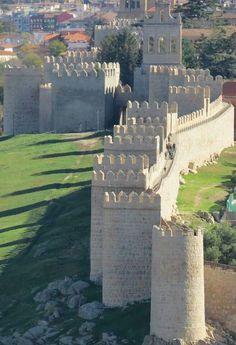 CASTLES OF SPAIN (2) - Avila (Spain)...amazing wall walk (good Parador too)