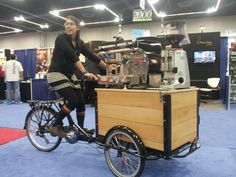 coffee to go Coffee Carts, Coffee Truck, Espresso Coffee, Best Coffee, Kombi Trailer, Mobile Coffee Shop, Bike Food, Velo Cargo, Catering