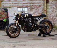 Kawasaki Z760 Cafe Racer