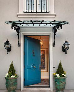 Egy szép bejárat a házba, az otthonunkba - ajtó, dekoráció, világítás