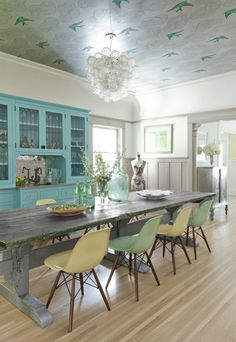 Love everything....especially the ceiling!! Yes! Dining room... I think this might be it!