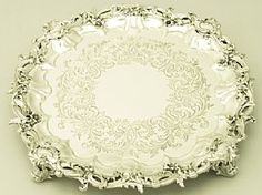 Algernon An exceptional, fine and impressive antique Victorian English sterling silver salver; an addition to our dining silverware collection Vintage Silver, Antique Silver, Gold Jewelry, Beaded Jewelry, Jewellery, Silver Trays, Silver Accessories, Metal Crafts, Victorian