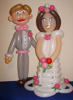 Bride and groom balloon sculpture