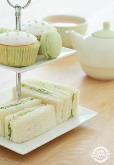 Patrick's Day Tea Party With Kids - A fun idea for a St. Patrick's Day tea party with your kids. A fun idea for a St. Patrick's Day - Light Sandwiches, Tea Sandwiches, Finger Sandwiches, Cucumber Sandwiches, Tea Party Activities, Spring Activities, Irish Tea, St Patricks Day Drinks, Le Diner