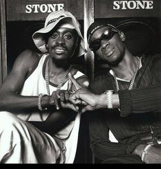 Two stalwarts in the business... from then til now... @kingbeenieman and @grunggaadzilla ... forever dancehall... KABOOM 💣💥 @verzuztv @therealswizzz @timbaland  #jamaicalandwelove #jamaicanice #dancehallmusic 🇯🇲 Beenie Man, Reggae Style, Reggae Artists, Jamaican Music, Dancehall Reggae, Live Wire, Hip Hop Rap, Dance Hall, Hollywood Celebrities