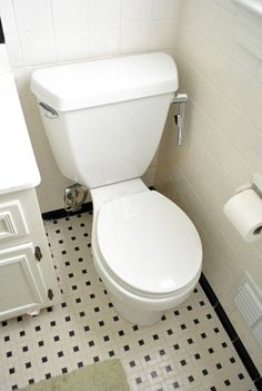 How to replace a toilet - with lots of pictures | Young House Love