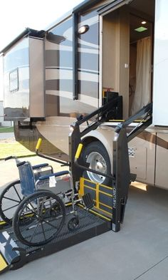 Wheelchair accessible motorhomes #handi-capable #van #véhicule #adaptation #camionnette #moto #adapted #vehicle #adaptitaj #veturiloj #vehículos #adaptados #veicoli #adattati http://www.handi-capable.net/