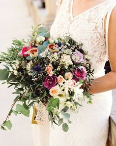 Úžasná #svatebnikytice od @kviti_z_lesa #top #weddingflower #bridalflowers #kvetinarstvi #weddingstyle #weddingdress #bridalportrait #weddingphoto #vscowedding #vsco #weddingphotographer #wedding #ceskasvatba #svatebnifotograf #svatba #czechrepublic #morava