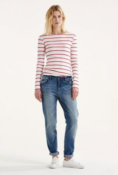 Easy Fit Crop Jeans