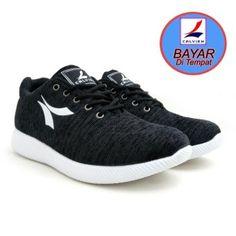 Calvien Sepatu Pria Sneakers Sepatu Pria Kets Sepatu Olah Raga Sepatu  Kasual Kode CL-03 cf130932a2