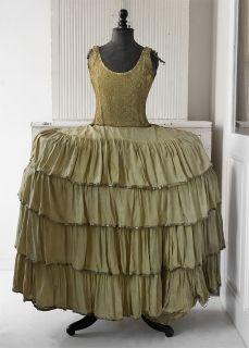 Dress with fixed crinoline