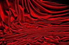 Red silk loveliness~