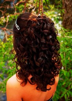 Prom hair? http://www.wigextensionsale.com/products/sensationnel-synthetic-empress-natural-lace-front-edge-wig-bliss.html http://www.wigextensionsale.com/products/amy-aviance-wavy-clip-in-human-hair-extension-amy-clip-twist-14-18.html