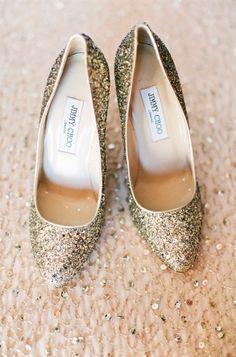 Wedding Shoes, Jimmy Choo, gold   Photo: Alicia Swedenborg