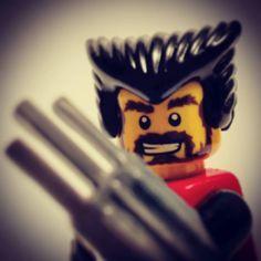 Minime cosplay n7: Wolverine  #lego #minifigures #legominifigures #legocity #afol #i #brick #minime #art #cosplay #wolverine #marvel #love #legophotography #photooftheday #miniature #beautiful #legocosplay #legostagram by laboratorio_n