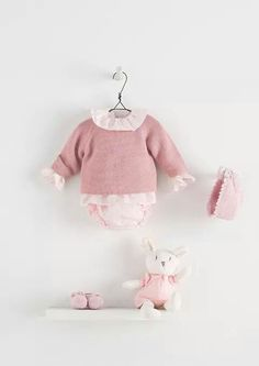 Fashion Baby // A pink Outfit for a Little Baby Girl // Nanos ♥