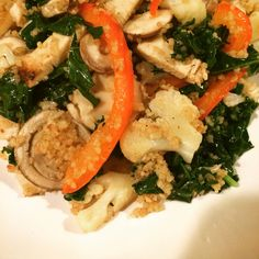 Cous Couse with Chicken, Cauliflower, Red Bell Pepper, Crimini Mushrooms, Garlic and Kale