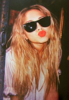 love the lips and shades (: