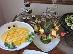Cute food ideas for a guesse WHOO'S having a baby shower theme.