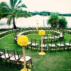 Such a unique wedding aisle for someone with an outdoor wedding/a more private ceremony/a smaller wedding party. Too bad I wouldn't do an outdoor wedding, lol. Wedding Ceremony Ideas, Wedding Aisles, Wedding Events, Our Wedding, Wedding Photos, Dream Wedding, Wedding Blog, Wedding Set, Outdoor Ceremony