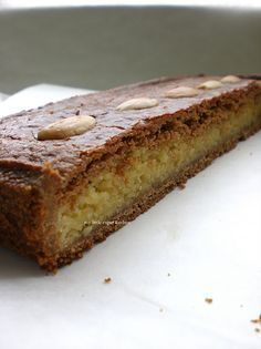 Gevulde Speculaas - Dutch Speculaas Cake filled with Amandelspijs (Dutch Almond Paste) #dutch #food