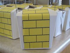 How to make Wizard of Oz birthday favour boxes for kids birthday parties Birthday Box, Birthday Favors, Party Favors, Birthday Parties, Birthday Cakes, Birthday Ideas, Party In A Box, Party Fun, Favour Boxes