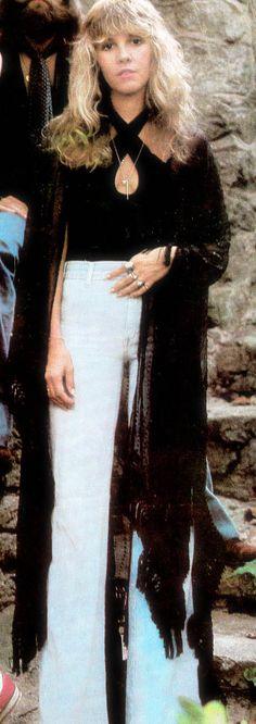 GYPSY QUEEN Stevie Nicks Fleetwood Mac  in burnout velvet kimono jacket