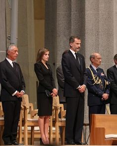 (2nd R-L) Spain's King Felipe VI and Spain's Queen Letizia and Portugal's President Marcelo Rebelo de Sousa stand at mass 21 Aug 2017