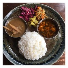 PARCOがなくなって渋谷ランチ開拓中。今日は虎子食堂。牛蒡のグリーンカレーとバターチキン。美味しかった。ごちそうさまでした。  #虎子食堂 satsukihamakawa 26 虎子食堂