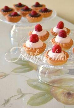 Mini tartaletas dulces, receta con Thermomix Tart Recipes, Dessert Recipes, Desserts, Mini Fruit Tarts, Tea Sandwiches, Sweet 15, Mini Cakes, Sugar Cookies, Cheesecake