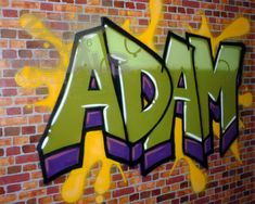 THIS is exactly like what I want on Noahs wall in his room....His name in grafitti!!