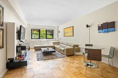 181 East St New York New York 10021 Co-op Properties for Sale Manhattan Real Estate, Upper East Side, Open Layout, Entry Foyer, French Doors, Dining Area, Property For Sale, Master Bedroom, New York