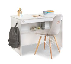 Study Desk, Study Office, Boconcept, Ready Made Kitchen Cabinets, Zebra Curtains, Smart Desk, Double Bed Linen, Bookcase Wall, Modern Contemporary Homes